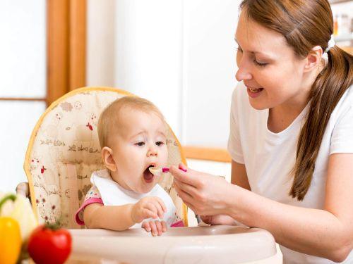 Hình minh họa: Trẻ con ăn chay vẫn phát triển đầy đủ thể chất và trí tuệ