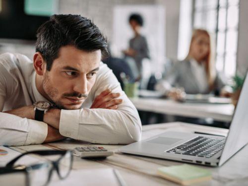Hình minh họa: Nhiều người cảm thấy chán ghét công việc của chính mình