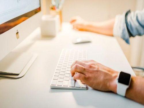 Hình minh họa: Cần có sự nghiên cứu kỹ lưỡng khi mua khóa học kinh doanh online